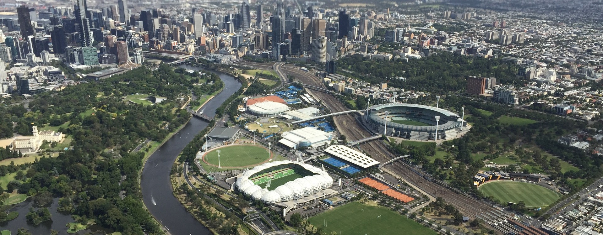 Our apartments are conveniently located next to Melbourne's CBD and sporting precinct